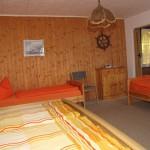 Ferienhaus Barth Schlafzimmer 2